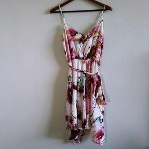 Guess Woman White & Pink Flowy Midi Dress Medium